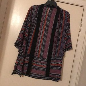 EUC NY Collection Multicolor Kimono. Size Medium